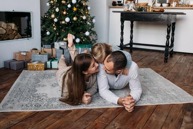 クリスマスに自宅で特許と娘