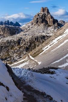 イタリアアルプスのpaternkofel山