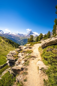 Path to matterhorn