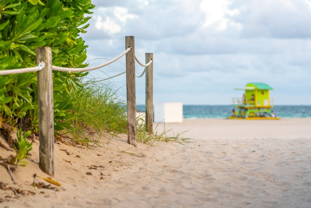 Pathway to the beach in miami florida with ocean