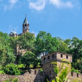 Патриарший собор в царевец крепости. велико тырново, болгария