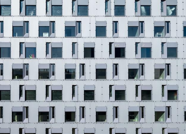 Pattern glass windows on residence building