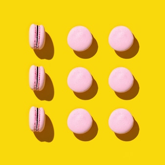 カラフルなフレンチクッキーマカロンのパターン。