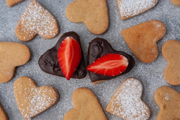 バレンタインデーの自家製ハート型クッキーのパターンが2つあります