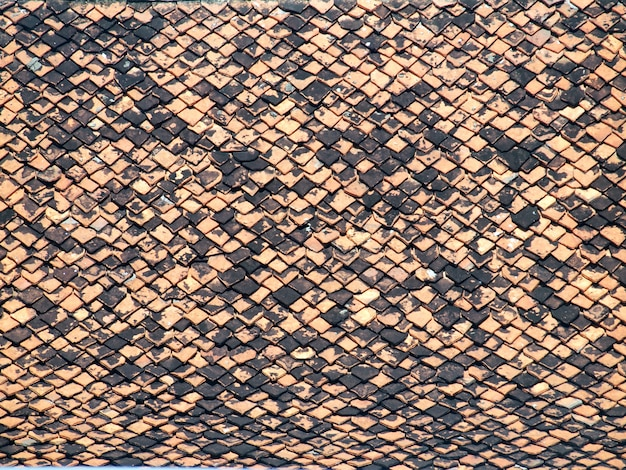 Patterned roof tiles