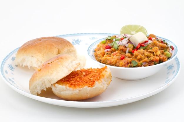 Индийская уличная еда pav bhaji