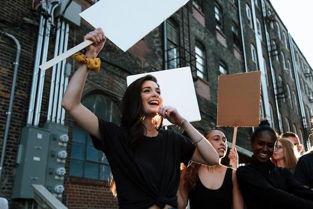 Мирные акции протеста на улицах канзас-сити
