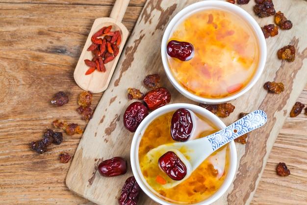 Peach gum and tremella soup