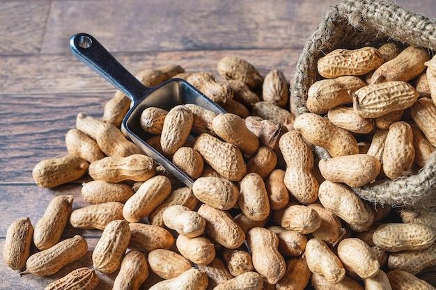Peanut in sackcloth
