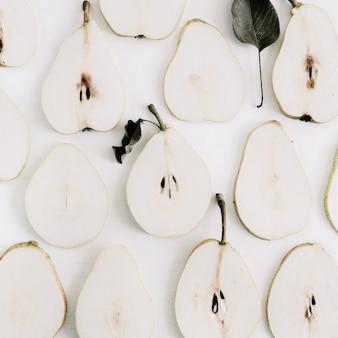 梨のスライス パターン。フラットレイ、トップビュー
