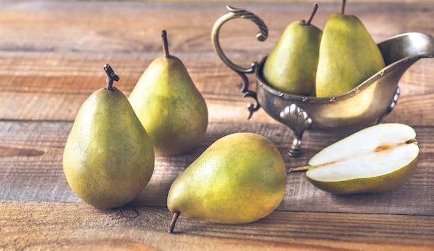 木の表面に梨