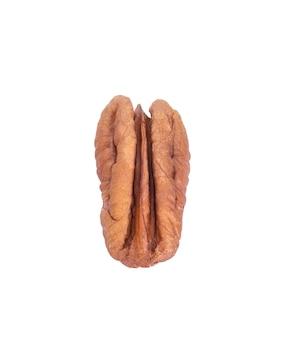 白で分離されたピーカンナッツナッツ