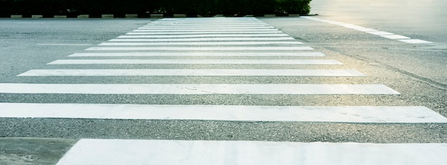 Pedestrian pathway on a street crossing