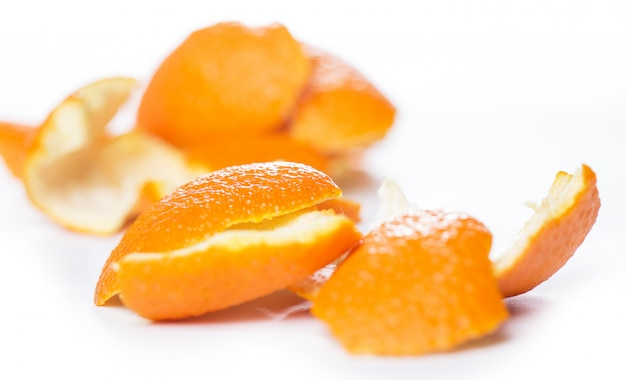 Peeled orange and its skin