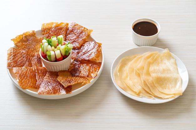 北京ダック。中華料理スタイル