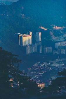 Город пенанг, вид из холмов пенанг