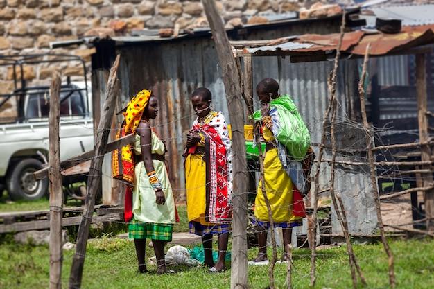 케냐 사람들, 흑인들, 아프리카 사람들의 삶, 부자와 가난한 자, 가난한 자, 가난한 아이들