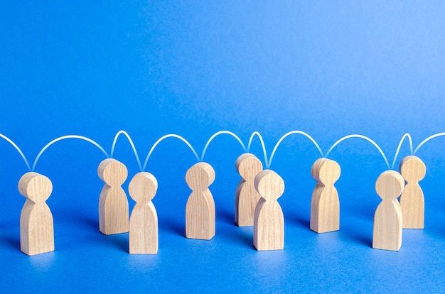 정신적 연결선 사회적 연결 커뮤니케이션 조직으로 서로 결합된 사람들