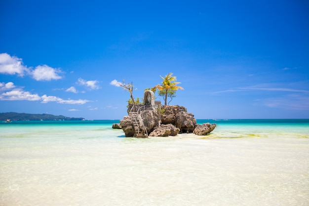 Perfect tropical beach with turquoise water and white sand beaches in phillipines
