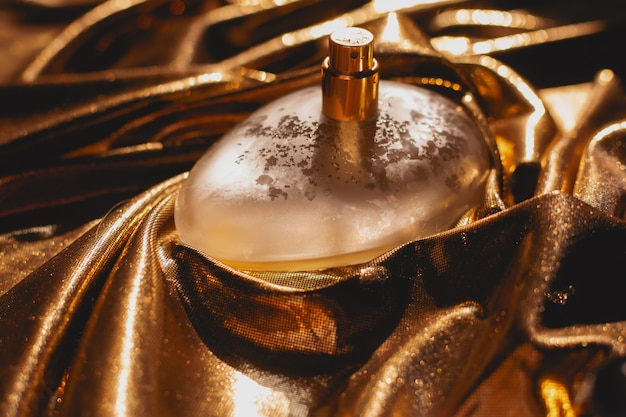 Perfume on a gold surface
