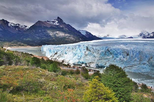 Ледник перито морено рядом с эль калафате в патагонии аргентины