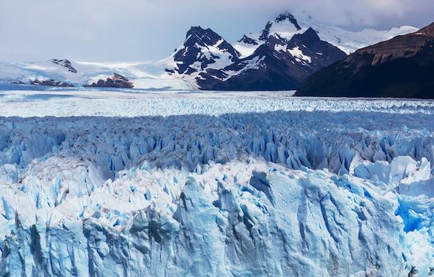 アルゼンチンのペリトモレノ氷河