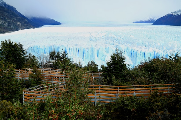 Perito moreno glacier with the viewing balcony, patagonia, argentina