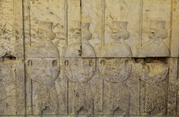 Руины персеполя древней империи в иране