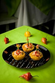Перуанские традиционные морепродукты жареная рыба рис с морепродуктами потная рыба на пару севиче судадо арроз кон марискос чичаррон кабрилья