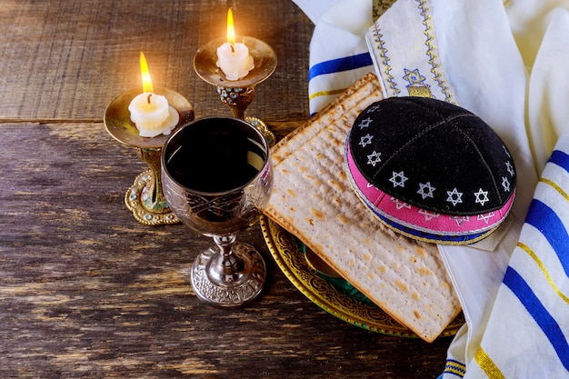 Pesach eve passover symbols of great jewish holiday. traditional matzoh