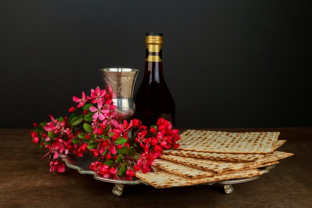 Pesach passover symbols of great jewish holiday. traditional matzoh