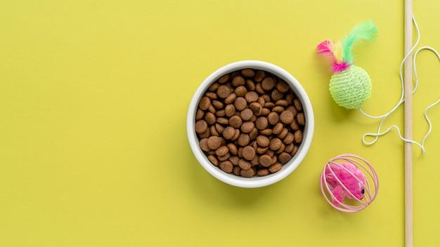ペットアクセサリー静物コンセプト猫ティーザーおもちゃ