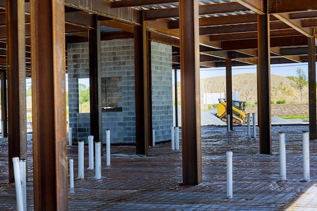 地上の衛生パイプの家庭用組立システムにおけるpexおよび排水管