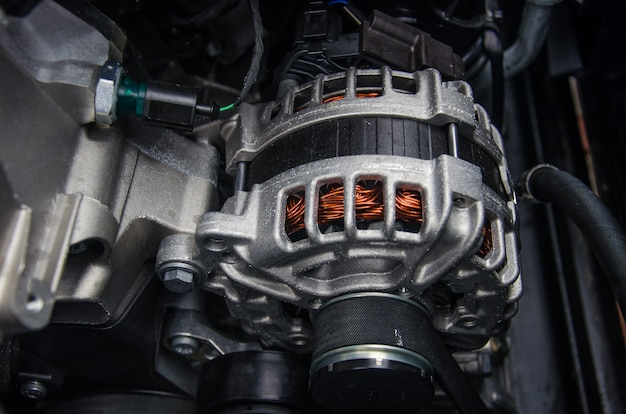 Фото автомобильного генератора