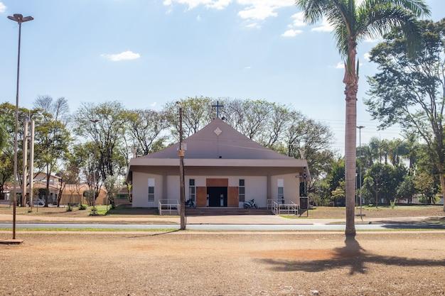 プラデポリスにある小さな教会の写真-サンパウロ
