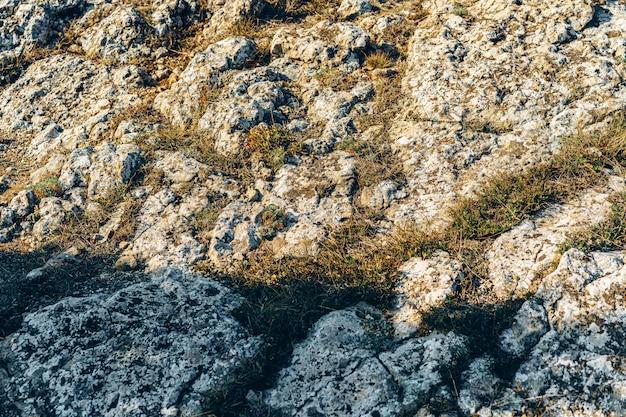 Фото горной долины каменного пейзажа