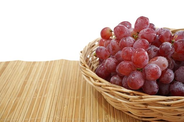 種のない赤ブドウの写真