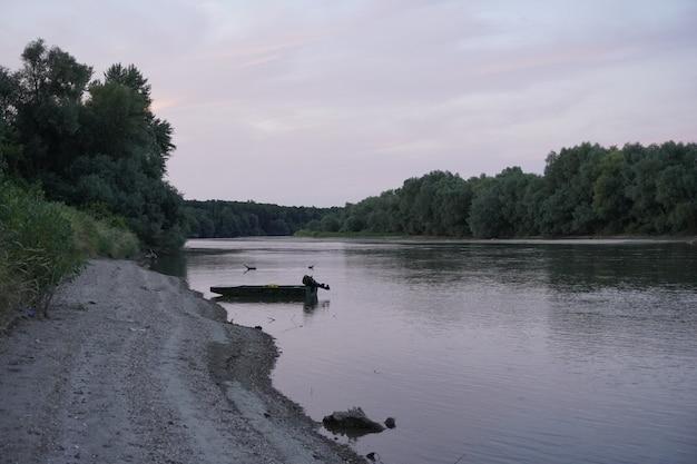 ルーマニアの川の写真beautifulnatural
