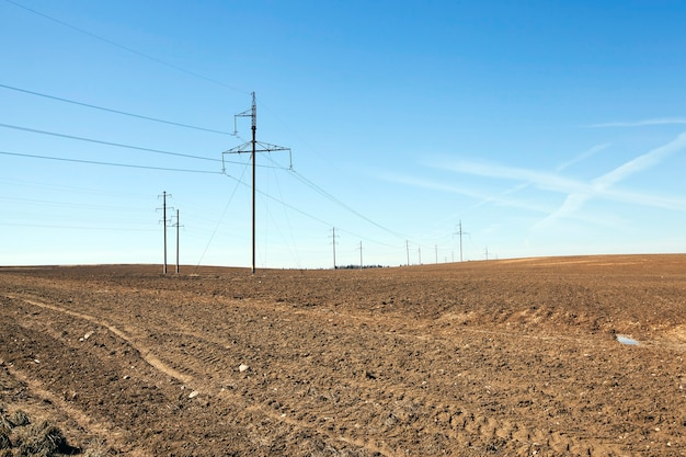 전기 산업을 수행하는 촬영 된 전선