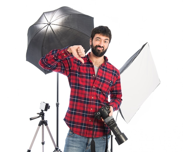 Photographer doing bad signal