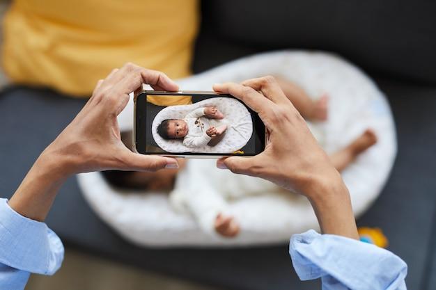 Фотографирование ребенка в коконе