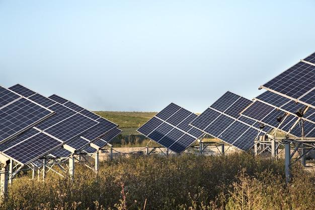 自然からの太陽光発電所エネルギーの太陽光発電。