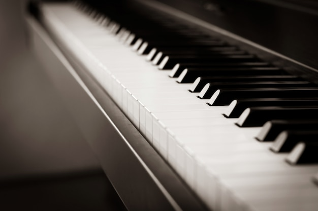 Piano background with blurr effect