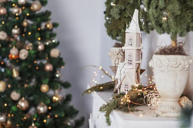 クリスマスの装飾。クリスマス。冬休み。コピースペースでpictireを閉じる