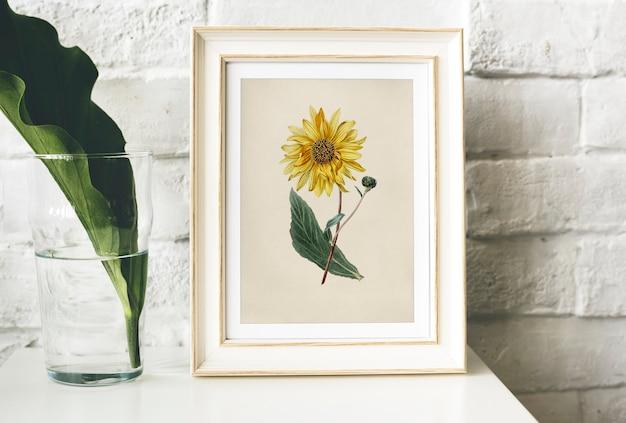 絵はフレームに花のコレクションを手描きで行きます