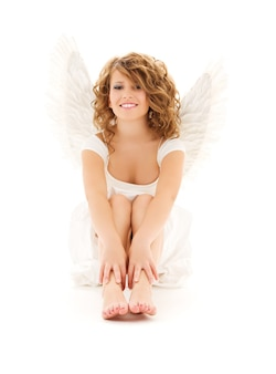 흰색 위에 행복 천사 소녀의 그림