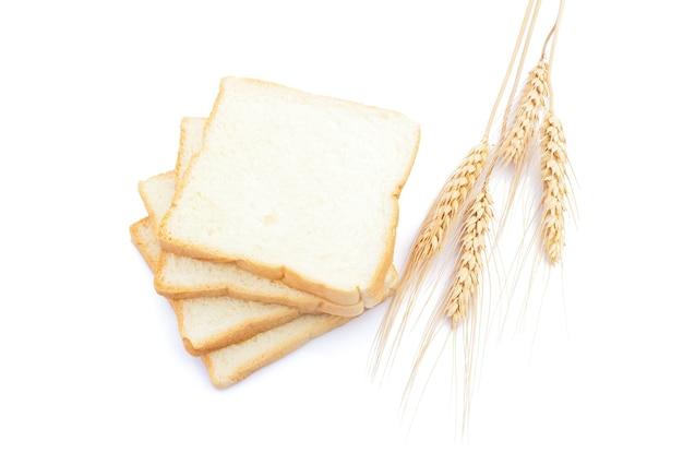격리 된 흰색 배경에 아침 식사를 위해 얇게 썬 부드럽고 끈적 끈적한 맛있는 흰 빵의 그림