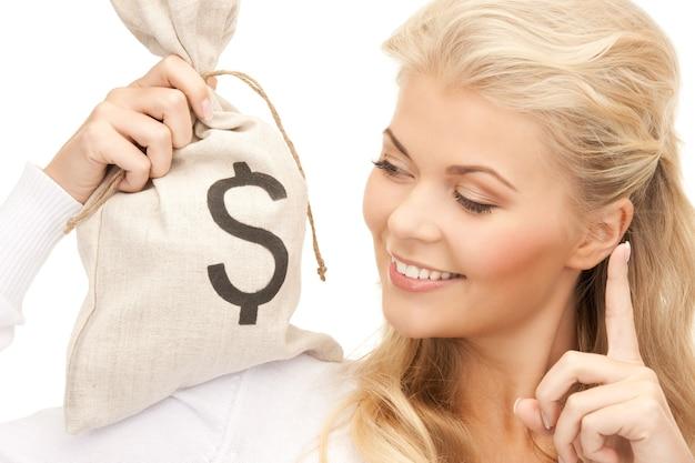 ドルで署名されたバッグを持つ女性の写真
