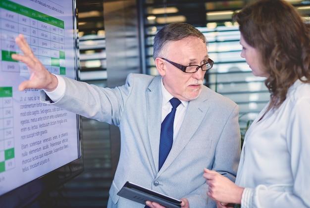 Immagine della presentazione aziendale professionale
