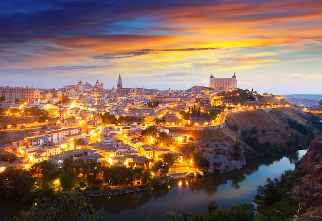 Picturesque view of toledo in morning Free Photo